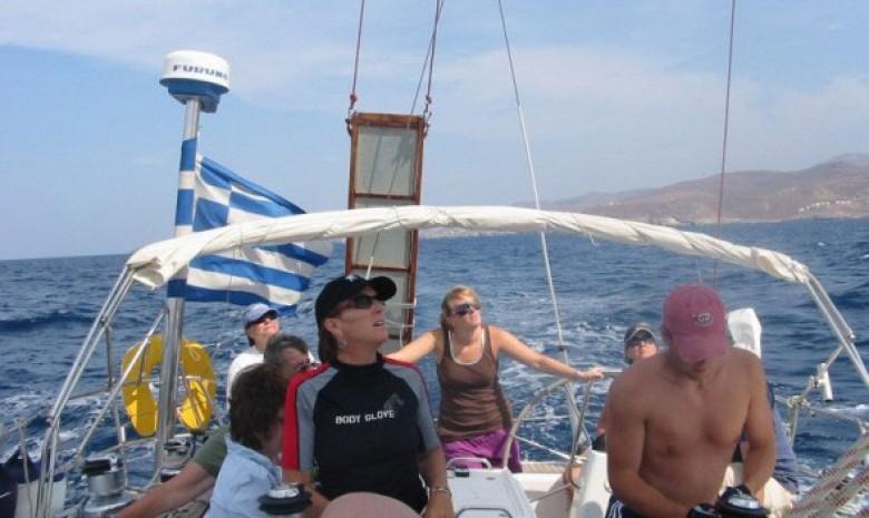 Custom Sailing In Kea